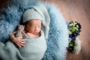 タイニートーズ男の子赤ちゃん新生児フォトニューボーンフォト藤枝市焼津市静岡市0歳0ヶ月