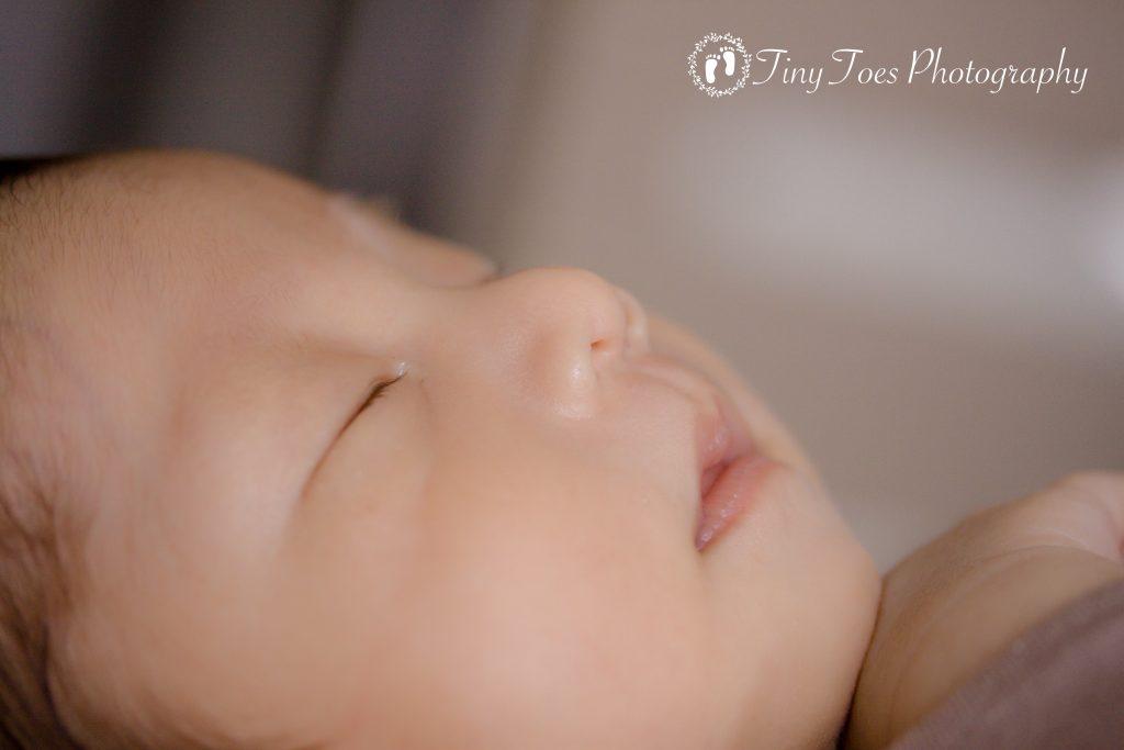 タイニートーズ男の子赤ちゃん新生児フォトニューボーンフォト藤枝市