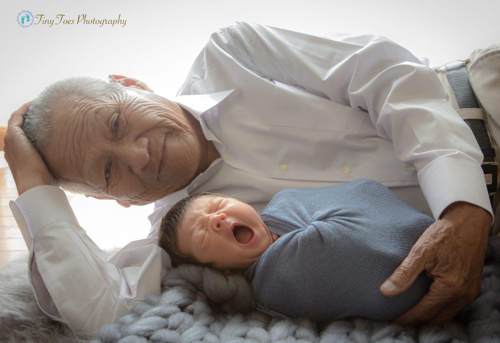 タイニートーズ新生児フォトニューボーンフォト男の子生後0ヶ月曾祖父ひいじ曽孫ひ孫