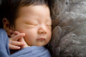 タイニートーズ新生児フォトニューボーンフォト男の子生後0ヶ月赤ちゃん